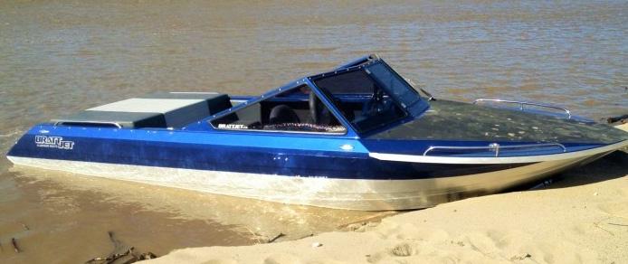 Beachedboat21.jpg