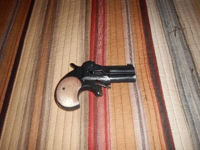 guns 004 (640x480).jpg